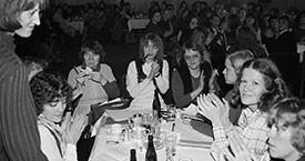 Sigrún Sigurðardóttir, Sigurbjörg Aðalsteinsdóttir, Erna Arngrímsdóttir, Helga Thorberg, Hjördís Hjartardóttir, Ingibjörg Sólrún Gísladóttir, Kristín Jónsdóttir, Þórhildur Þorleifsdóttir. © Gunnar V. Andrésson/Ljósmyndasafn Reykjavíkur