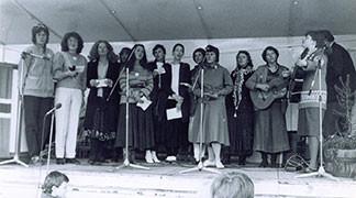 Friðarfundur kvenna á Lækjatorgi.