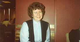 Helga Jóhannsdóttir ljósmóðir Kvennalistans mætt á stofnfundinn 13. mars 1983.