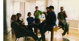 Þóranna Pálsdóttir, Elísabet Þorgeirsdóttir, Kristín Ástgeirsdóttir, Kristín Einarsdóttir og Stella Hauksdóttir á Laugavegi 17