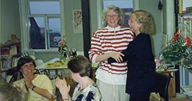 Kristín Einarsdóttir, Kristín Ástgeirsdóttir, Elín G. Ólafsdóttir og Ingibjörg Sólrún Gísladóttir á Laugavegi 17